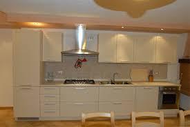 Cucine In Muratura Usate by Cucina Legno Chiaro Su Misura Segala Arredamenti