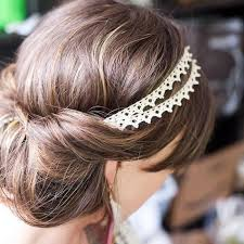 diy wedding hair 12 whimsical diy wedding hair accessories thegoodstuff