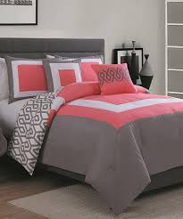 Colorful Comforters For Girls Best 25 Girls Comforter Sets Ideas On Pinterest Girls Twin