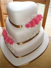 heart shaped wedding cakes heart shaped wedding cakes wedding ideas