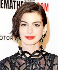 peace out pixie see anne hathaway u0027s fierce new bob from every