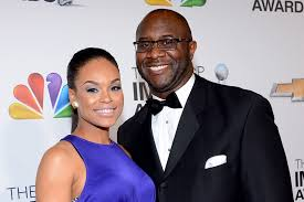 demetria continues to try and sell us on the roger bobb watch demetria mckinney s sexy trade it all video the daily dish