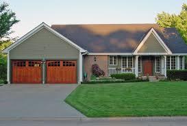 craftsman style garages garage doors craftsman style exles ideas pictures megarct