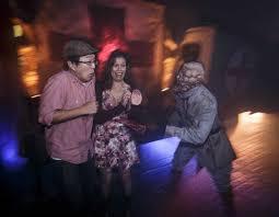 crimson peak halloween horror nights haunt review halloween horror nights