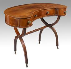 Kidney Shaped Writing Desk by Mahogany Kidney Shaped Lady U0027s Dressing Table Antiques Atlas