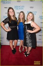 Miracle In Heaven Garner Premieres Miracles From Heaven In Photo