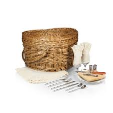 picnic baskets for two time woven heart picnic basket for 2