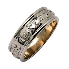 meaning of a knot ring wedding rings claddagh meaning in gaelic white gold celtic knot
