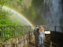 Oregon travel blogs images Rainbow at multnomah falls travel better jpg