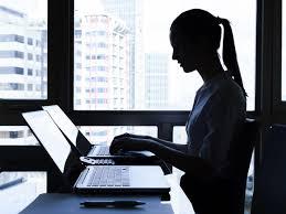 travailler dans un bureau d 騁ude les moins de 35 ans préfèrent travailler au bureau