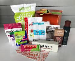 Care Packages For College Students 12 Cool Subscription Box Ideas For College Care Packages My