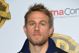 how to get thecharlie hunnam haircut charlie hunnam pictures photos images zimbio