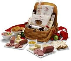 Picnic Basket Ideas Holiday Gift Ideas From Hickory Farms Gift Basket Giveaway She
