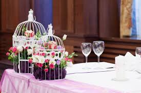 contemporary wedding table accessories and decoration using cute