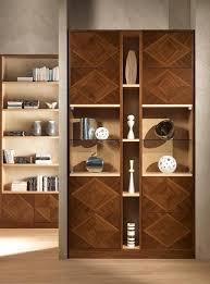 libreria contemporanea libreria modulare con intarsi in noce canaletto idfdesign