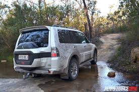 mitsubishi pajero old model 2015 mitsubishi pajero exceed review video performancedrive