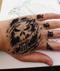 punisher skull hand by meep7145 on deviantart