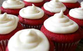 how to make red velvet cupcakes w cream cheese frosting
