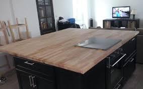 plan de travail cuisine hetre plan de travail cuisine hetre cuisine bois anthracite avec plan de