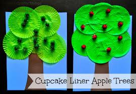 cupcake liner apple tree craft i crafty things