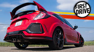 The 2017 Honda Civic Type R Is A Beast But You Won U0027t Forget It U0027s