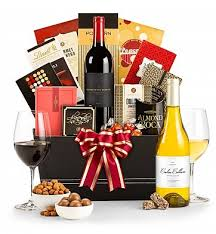 fathers day gift basket fit for a king s day gift basket wine baskets this