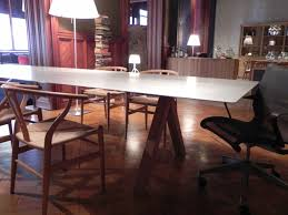 Cool Meeting Table Sophisticated Creative Meeting Room With Cool Conference Table And