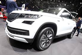 skoda kodiaq 2017 new skoda kodiaq scout to start from 32 330 auto express