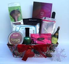 discount gift baskets 15 best gift baskets images on crafts gift basket