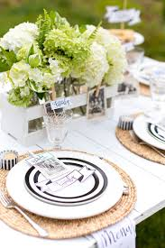 how to host a stylish family reunion pizzazzerie