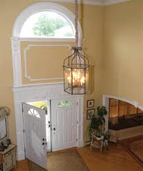 Foyer Chandelier Ideas Chandeliers For Foyers That Flow Through The Two Story Foyer