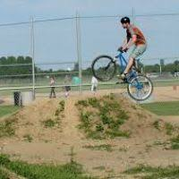 tabletop bike jump girlshqpics com