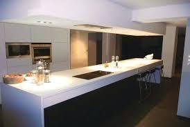 cuisine plan travail bois cuisine noir mat et bois cuisine mat cuisine mat plan travail