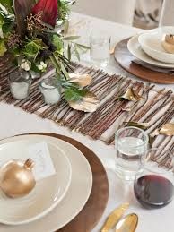 thanksgiving china sets creative ways to decorate with branches and leaves this fall