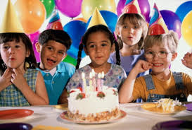 birthday party for kids 3 easy kids birthday party themes anyone can pull everybody