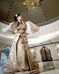 wedding dress designer indonesia traditional wedding dress designer avantie wedding inspirasi