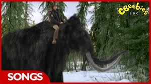 cbeebies andy u0027s prehistoric adventures woolly mammoth rap