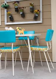 Vintage Outdoor Folding Chairs How To Make Over A Vintage Vinyl Dinette Set Using Spray Paint