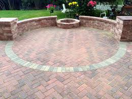 Belgard Fire Pit by 223 Best Patios U0026 Fire Pits Chicagoland Area Images On Pinterest