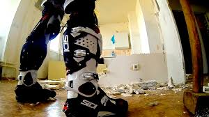 sidi motocross boots sidi crossfire 2 vs wall youtube