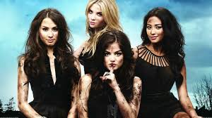 pretty halloween pictures all the u0027pretty little liars u0027 halloween costumes ranked her campus