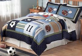 Boys Sports Bedroom Decorating Ideas With Teen Boys Sports Theme - Kids sports room decor