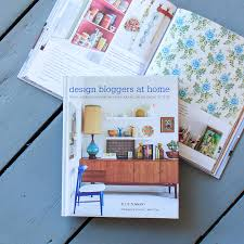 Design Bloggers At Home by 28 Design Bloggers At Home Book Happy Mundane Jonathan Lo