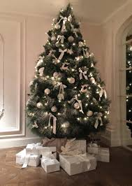 White Decorations On Christmas Tree by Decorated Christmas Trees Hire Rent Christmas Tree Christmas