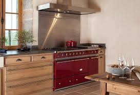 qui fait l amour dans la cuisine publicité pianos et fourneaux com l amour de la cuisine la provence