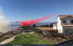 North Bay Deputy Fire Chief by Fire Threatens About 50 Homes In Oakland Hills The California