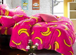 Bright Duvet Cover New Arrival Bright Color Banana Print Reversible 4 Piece Coral
