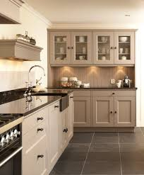Colors For Kitchen Cabinets by Top 25 Best Taupe Kitchen Cabinets Ideas On Pinterest Beautiful