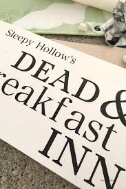 halloween sign dead u0026 breakfast inn the idea room