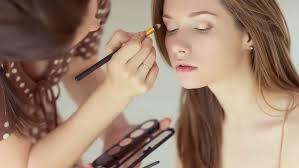 Become A Professional Makeup Artist Why Working As A Makeup Artist Isn U0027t Really A Job